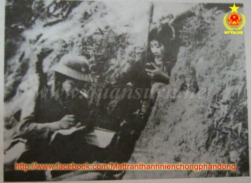 Nữ chiến sĩ thông tin đảm bảo liên lạc tại trận địa Lào Cai (1979)